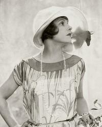 http://www.retromoda.ru/images/fashion-20s.jpg